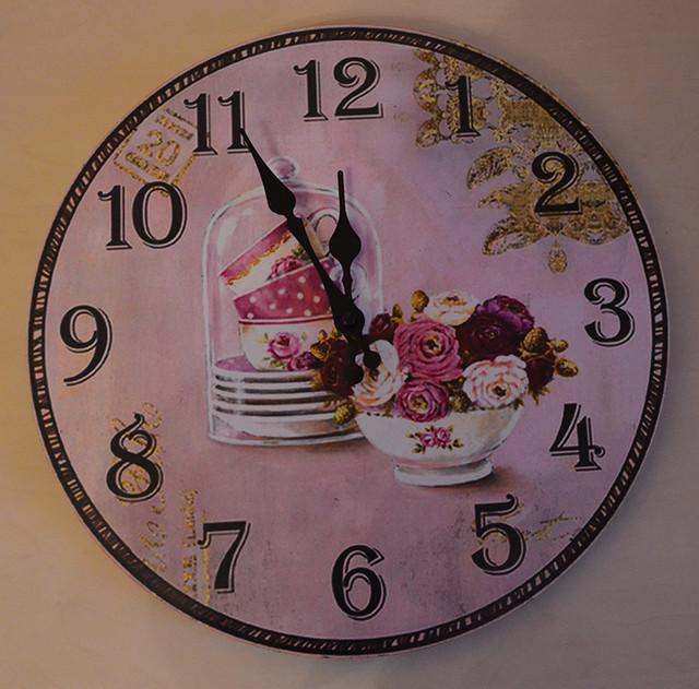 Модные настенные часы фото