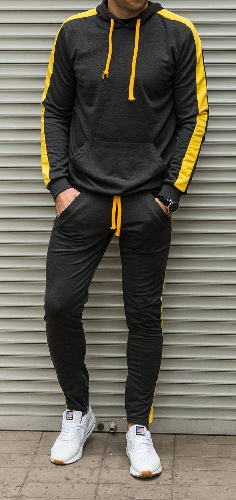 Мужской спортивный костюм с лампасами темно серого цвета с желтыми лампасами