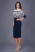 Оригинальное женское платье с растительным узором