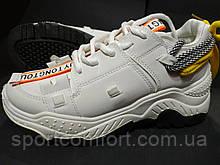Кроссовки V белые, чёрные