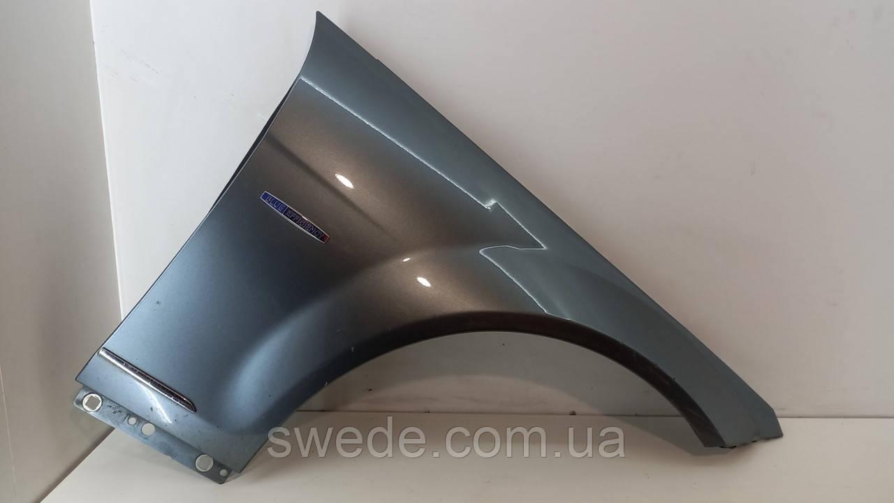 Крыло правое Mercedes W204 2011 гг A2048811001