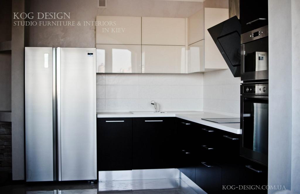 Реализованная угловая кухня в современном стиле