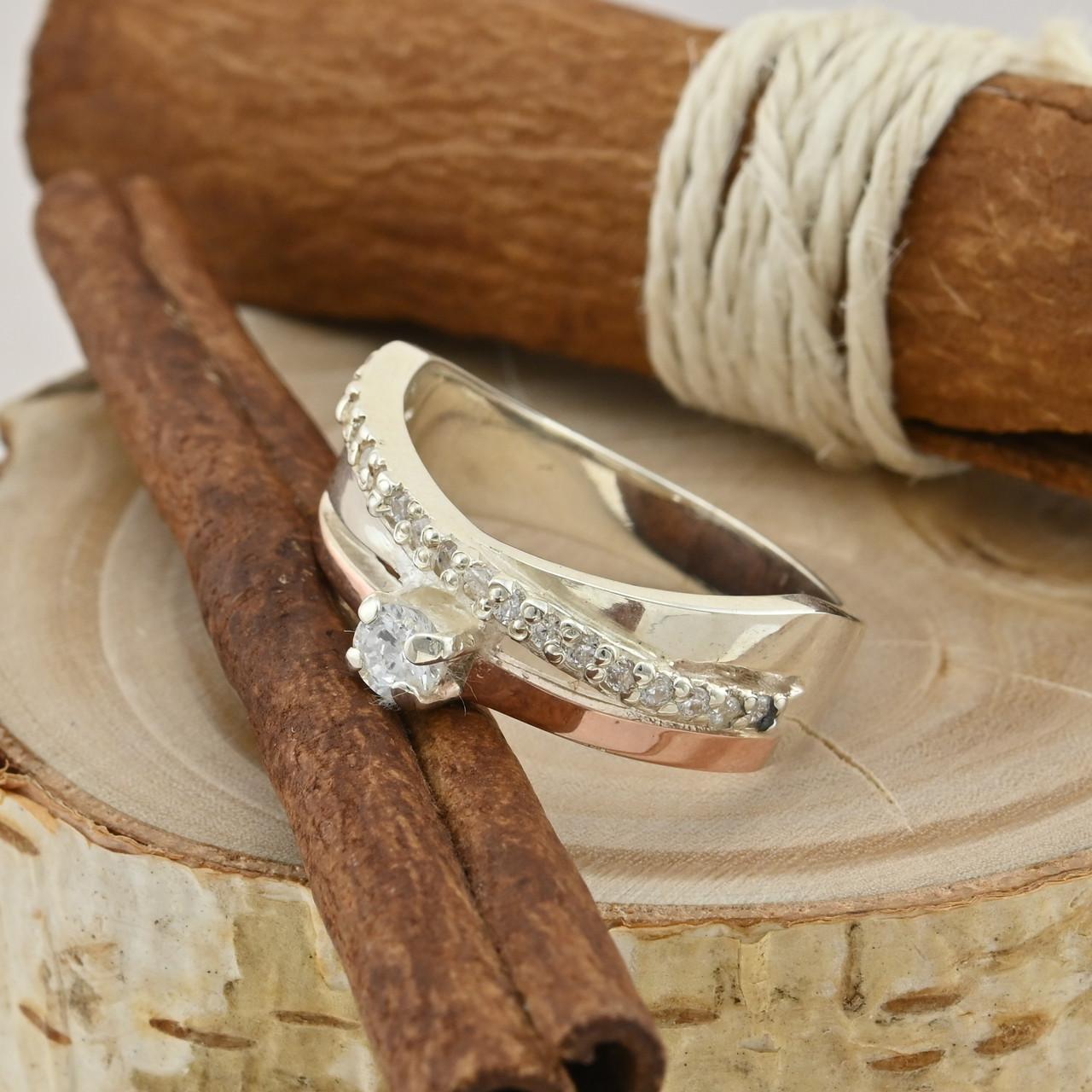 Серебряное кольцо с золотом Лейла размер 20 вставка белые фианиты вес 5.5 г