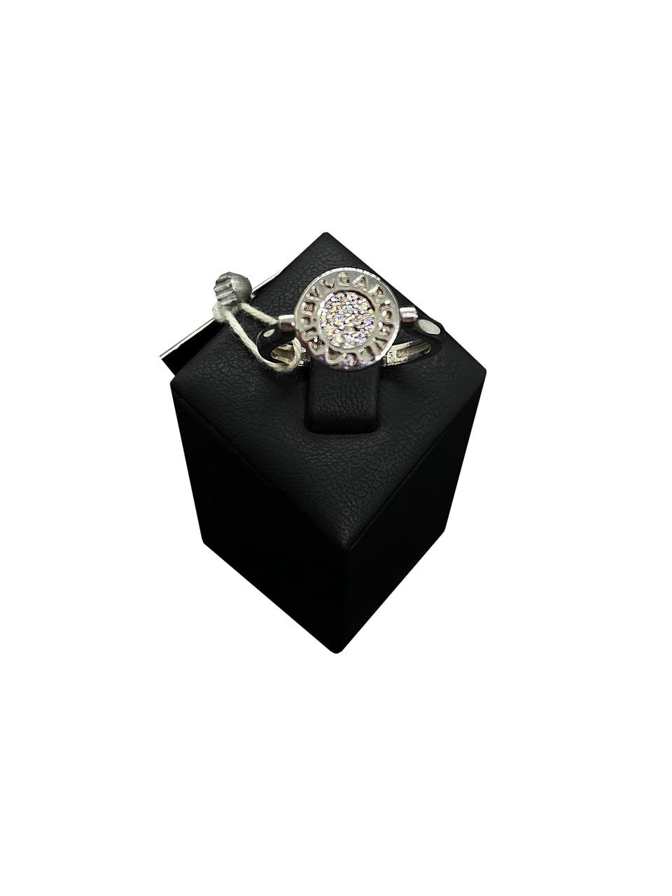 Кольцо из серебра 925 Beauty Bar c логотипом Булгари круг с цирконами (размер 18)