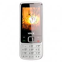 Кнопочный телефон серебристый с камерой, большим экраном и фонариком на 2 сим карты Verico F244 Silver