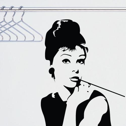 Наклейка на стіну Одрі Хепберн