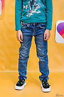 Джинсы синего цвета с нашивкой на кармане (146 см.) A-yugi Jeans 2125000659510