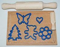 """Набір """"Маленький кондитер"""" 8пр( качалка+дощечка+совок для муки+5 форм для печива)"""