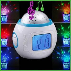 Музыкальный ночник-проектор звездное небо с часами и будильником