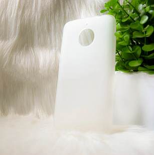Чехол Motorola E4 + белый