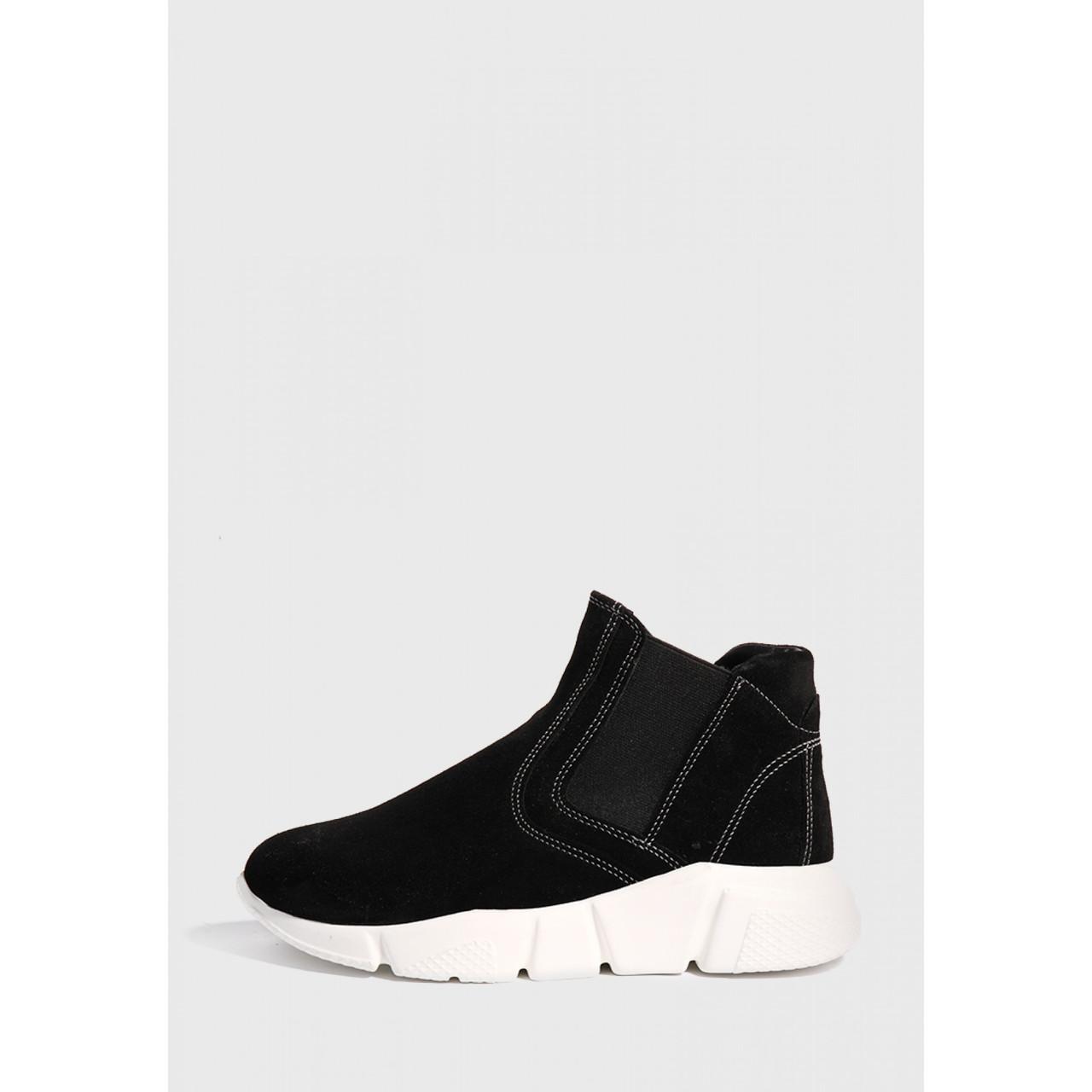 Жіночі замшеві черевики чорного кольору