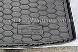 Коврик в багажник Volkswagen Caddy Life с обшивкой (2004-2015) (AVTO-GUMM) пластик+резина, фото 4