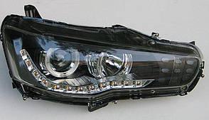 Mitsubishi Lancer X оптика передняя