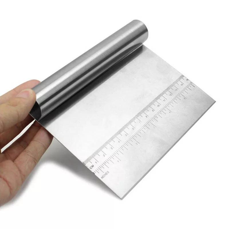 Шпатель для теста металлический с разметками Большой