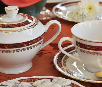 Фарфоровая посуда/Наборы чашек