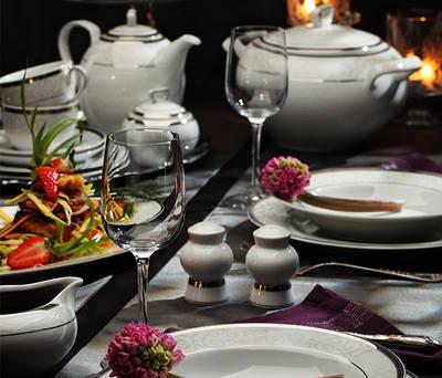 Фарфоровая посуда/Сервизы столовые