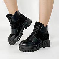 Ботинки стильные женские замшевые черные на шнурках с кожаыми вставками MORENTO зимние