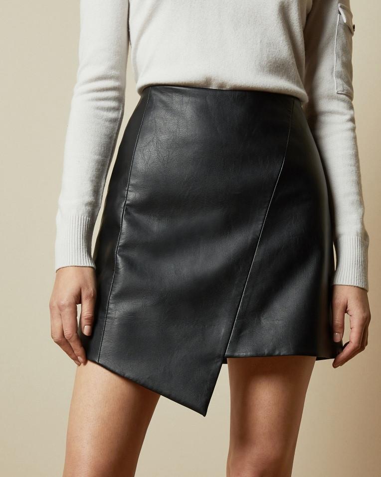 Модная женская юбка из экокожи  короткая  Nimfeya