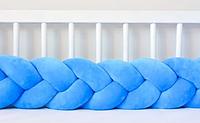 """Защитный бортик в кроватку """"Косичка"""" 120 см (лазурный) хлопковый велюр"""