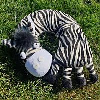 """Детская подушка для путешествий """"Зебра"""", цвет черно-белый, наполнитель - холлофайбер, размеры - 30х30 см"""