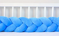 """Защитный бортик в кроватку """"Косичка"""" 180 см (лазурный) хлопковый велюр"""