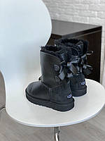Комфортные угги для девушек BAILEY BOW II BLACK. Женская зимняя обувь УГГи с замшевым задником.