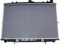 Радиатор охлаждения Skoda Octavia 2004- (1.4-1.6-2.0 FSI) 645*405мм плоские соты KEMP