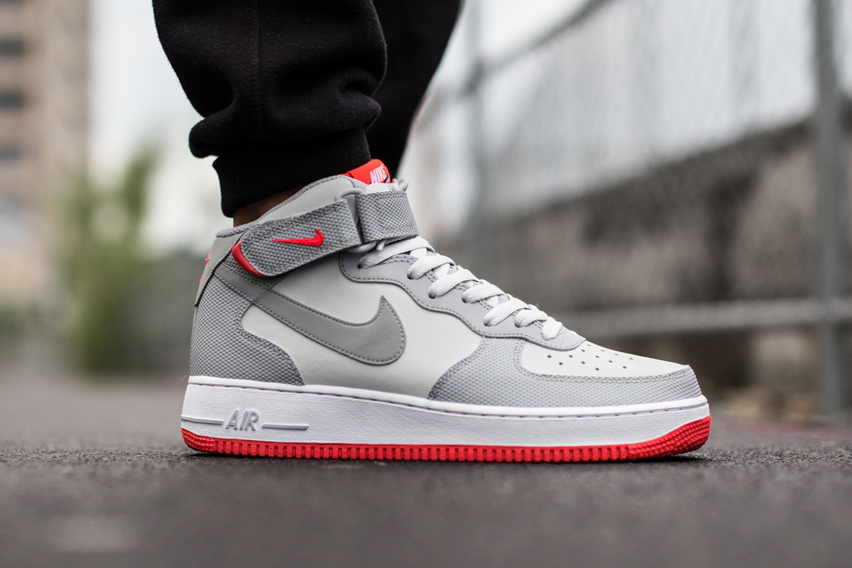 "Кроссовки Nike Air Force 1 Mid ´07 Platinum/ Wolf Grey-Bright Crimson ""Серые"""