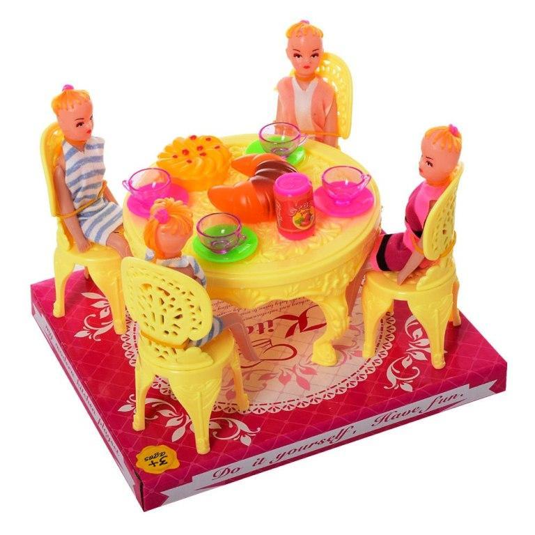 Столовая A8-86 стол, стулья, кукла 4шт, посуда, продукты, в слюде, 17-14,5-19см