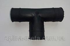 Соединитель т-образный для квадратной трубы ПВХ 22*22 мм.