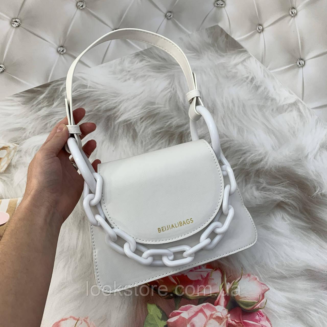 Маленькая женская сумка с толстой акриловой цепью BEIJIALIBAGS белая