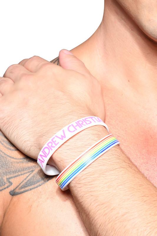 Браслет Прайда с логотипом Andrew Christian и радугой