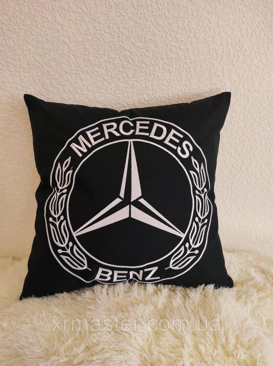 Подарочная подушка Mercedes