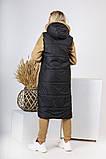 Теплая динная женская жилетка с карманами и капюшоном 44-257, фото 4