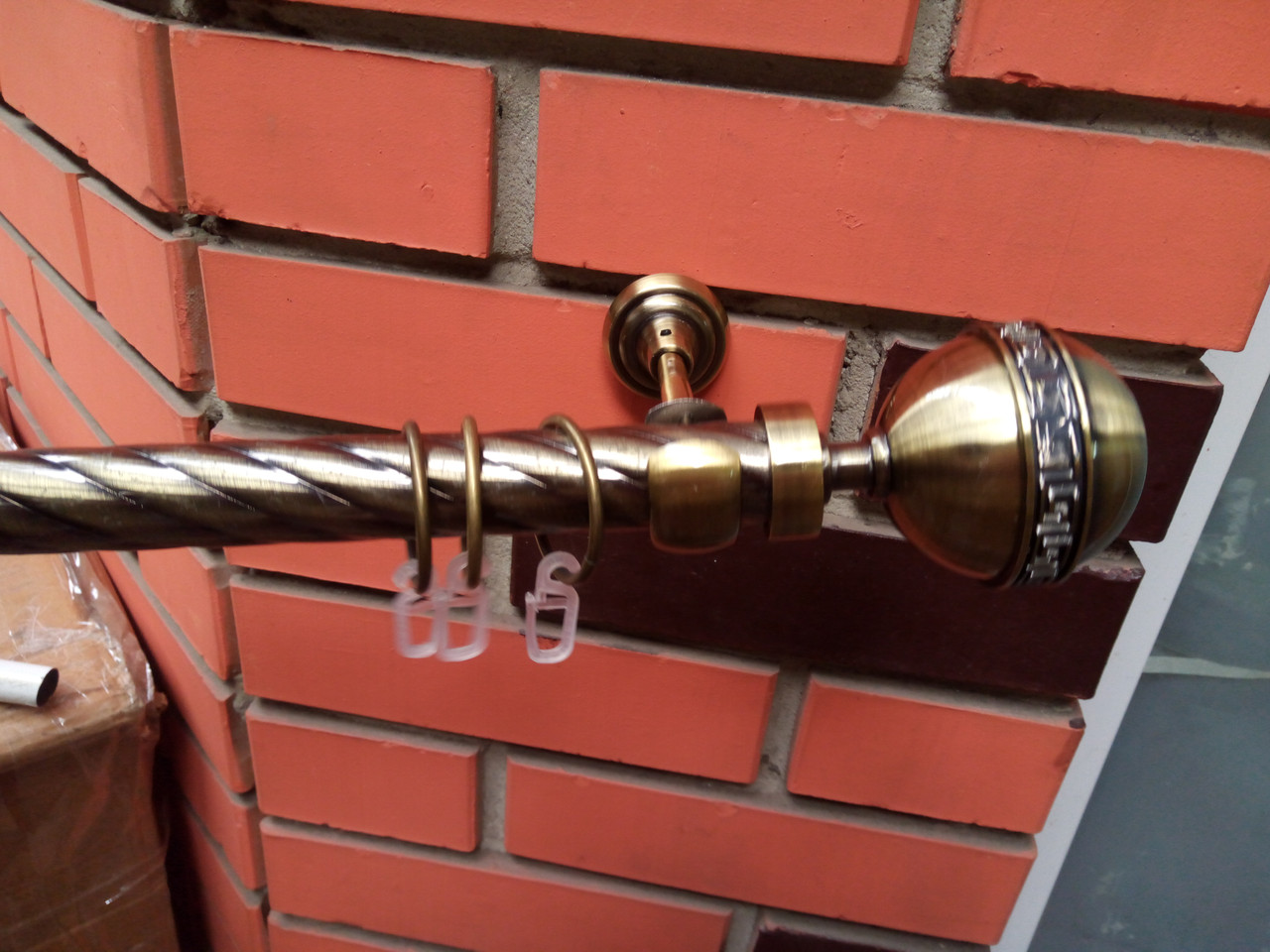 Карниз  кованый одинарный 25 мм  антик Калисто узор -2м