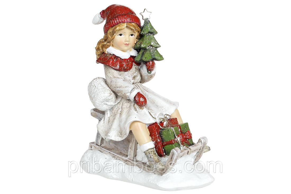 Декоративна статуетка Дівчинка з ялинкою на санках, 11.5 см, колір - вінтажний білий з червоним