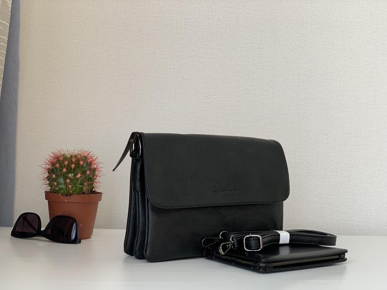 Женская черная сумочка-клатч с плечевым ремнем классическая Pretty woman