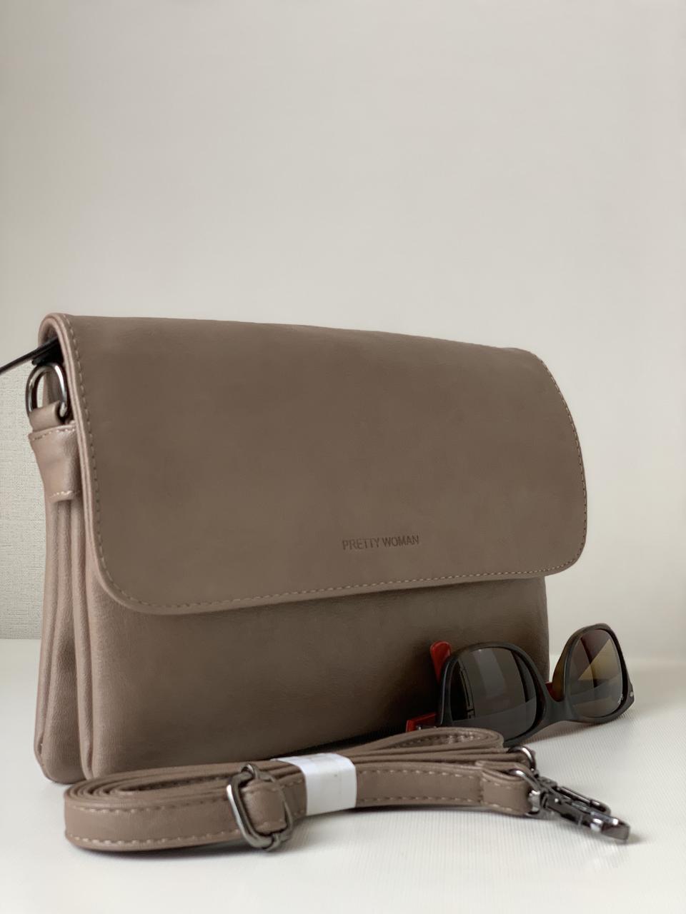 Жіноча сумочка клатч повсякденна Pretty Woman з плечовим ременем колір кава з молоком