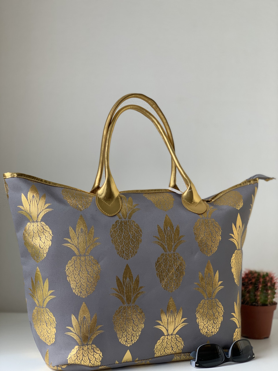 Оригинальная пляжная сумка шоппер тканевая летняя вместительная с узором ананас