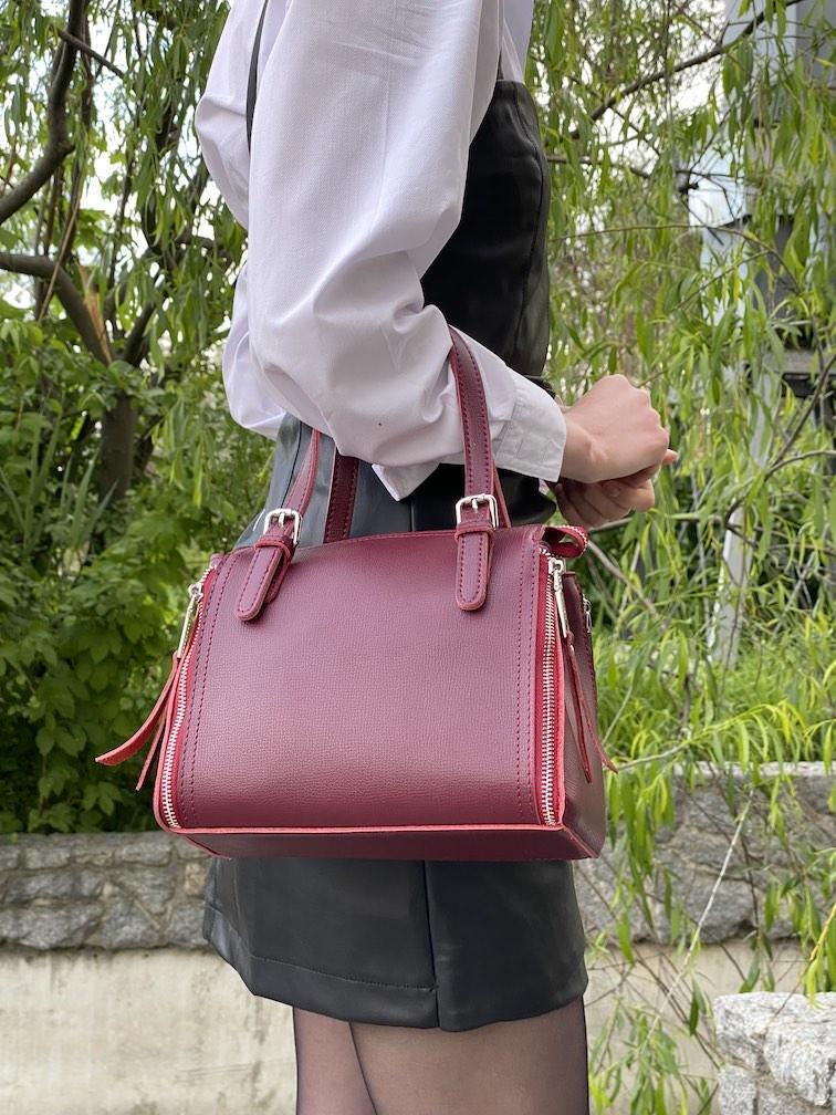 Бордовая женская кожаная сумка