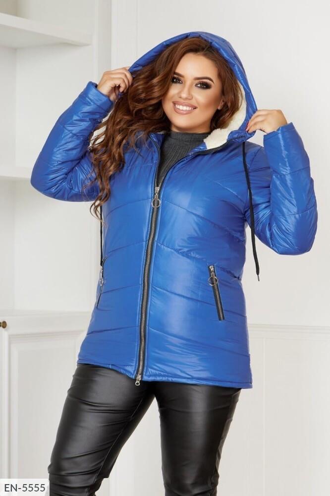 Жіноча тепла курточка на синтепоні 200
