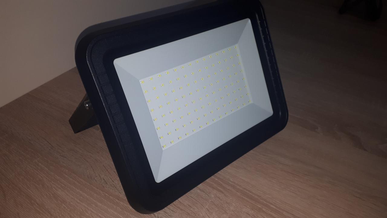 Светодиодный прожектор LEDium Excellent 100 Ватт