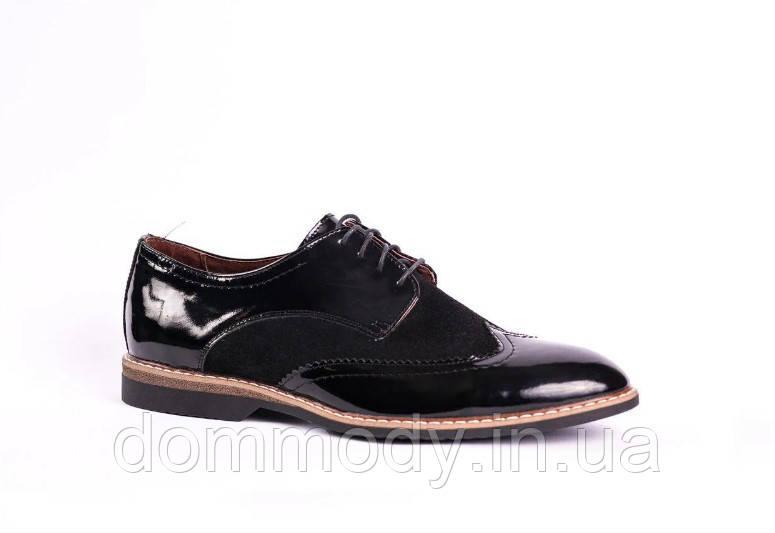 Туфли-броги мужские из натуральной лаковой кожи