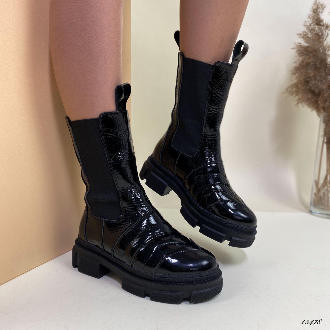 Ботинки женские высокие лаковые чёрные
