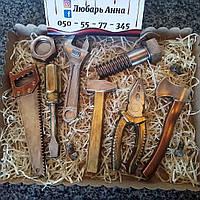 Шоколадные инструменты ручной работы для настоящих мужчин.Шоколадные подарки.