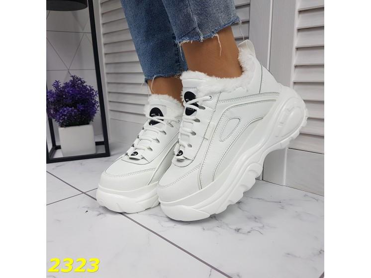 Зимние кроссовки на высокой платформе белые 39 р. (2323)