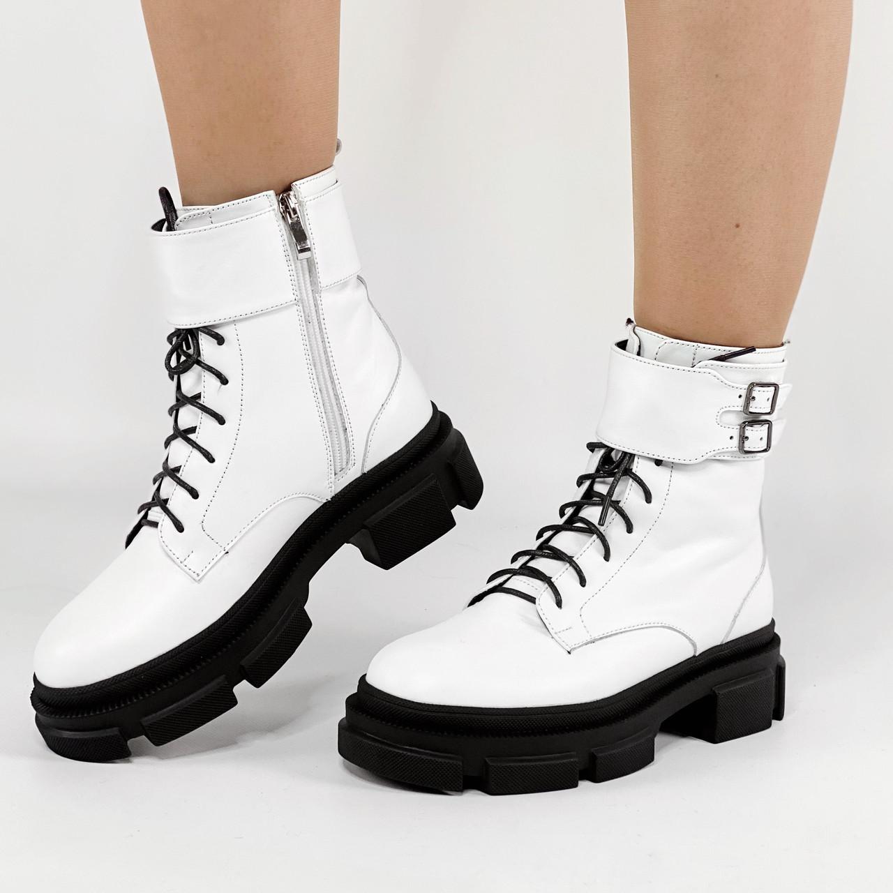 Ботинки женские кожаные белые на массивной подошве MORENTO зимние