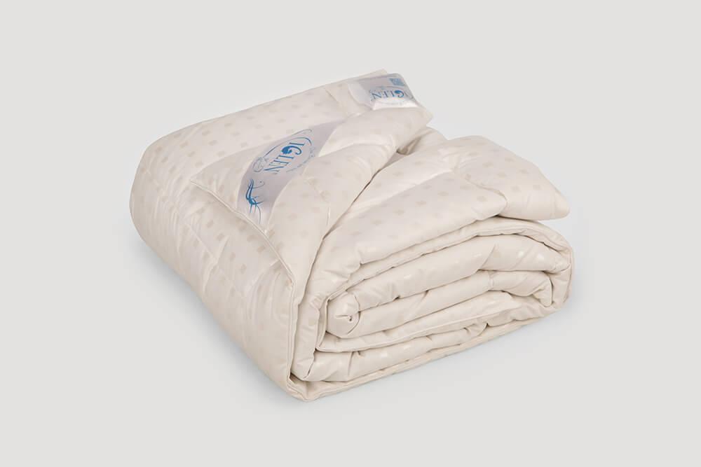 Одеяло зимнее стеганое 70% пуха 30% мелкого пера 172x205