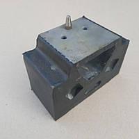 Подушка опоры двигателя МАЗ боковая (усиленая) 6422-1001034