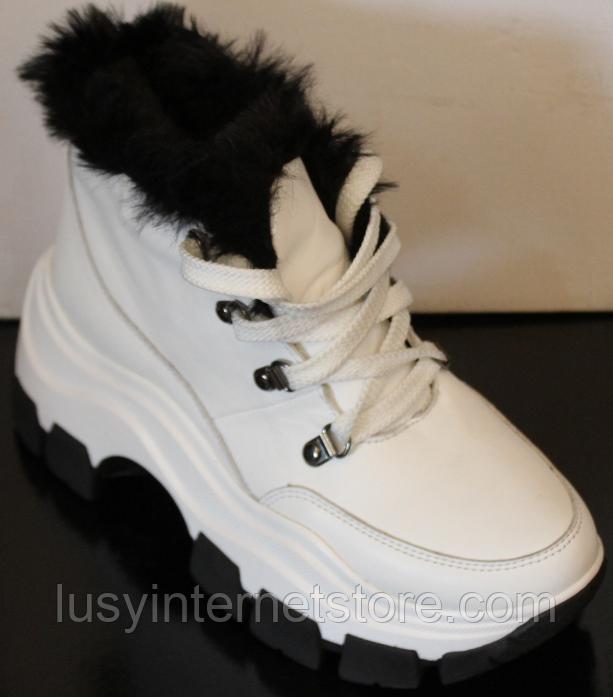 Белые ботинки женские зимние из кожи от производителя модель УН521